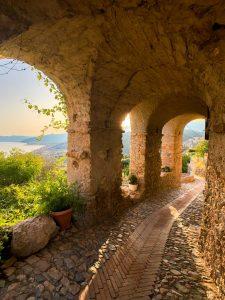 Borgo di Borgio Verezzi portici