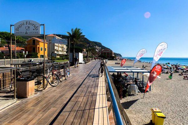 Passeggiata a levante di Pietra dai San Pietro Free Beach